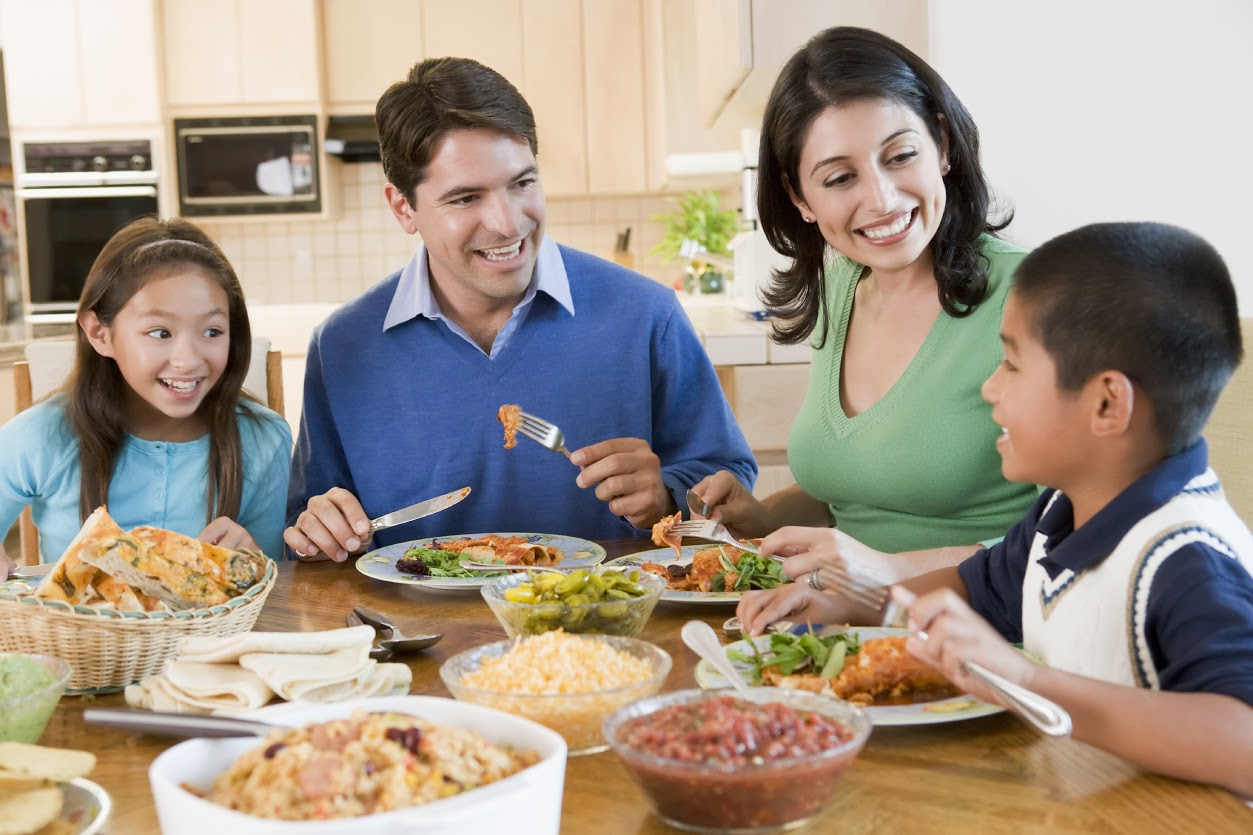 Families who eat together, stays healthy together