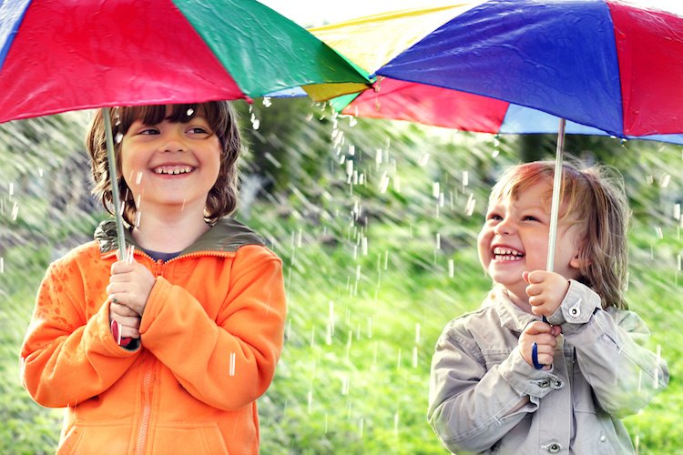 How to take care of your kids during the rainy season?